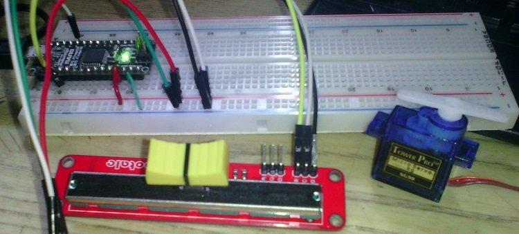 Пример использования сервопривода SG90 и потенциометра-слайдера