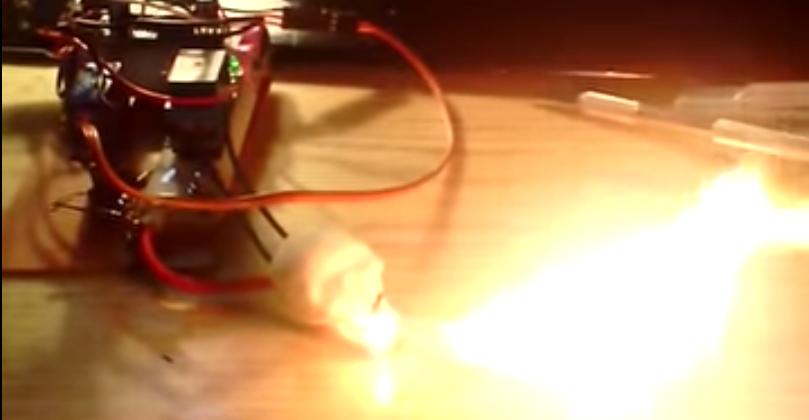 Огнедышащий череп на arduino